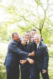 groomsmen-photos