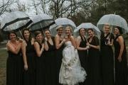 winter-wedding-bridal-party